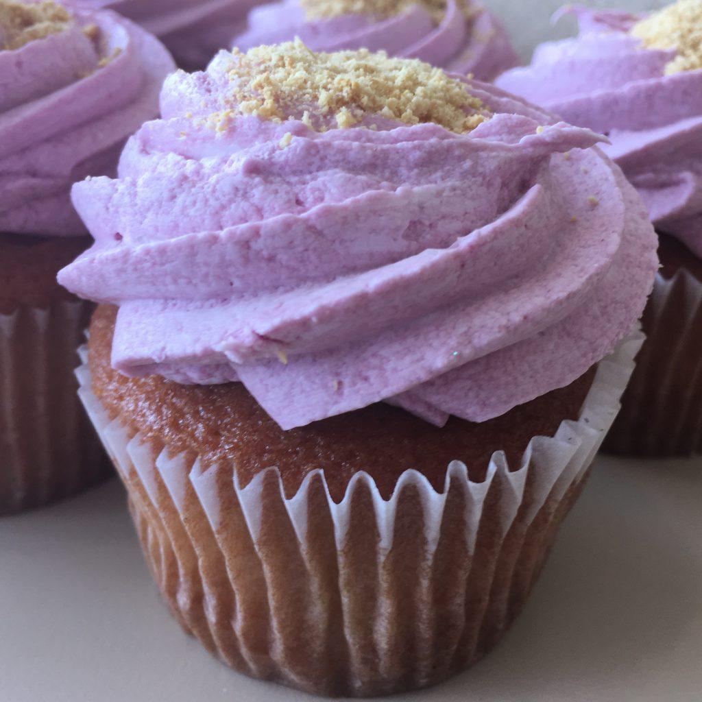 Raspberry Cheesecake Cupcake