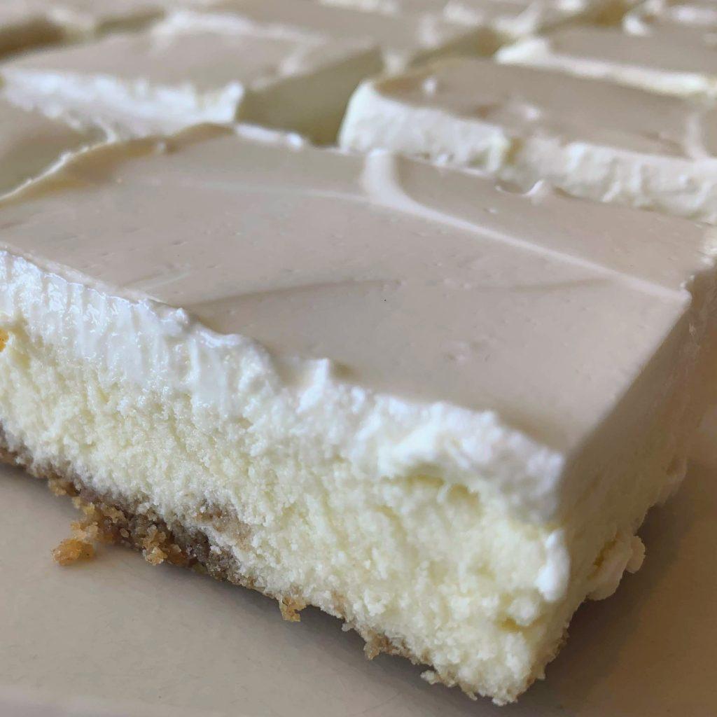 Sour Cream Cheesecake Slice