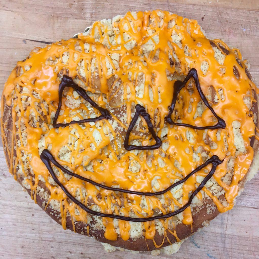 Pumpkin Face Coffeecake
