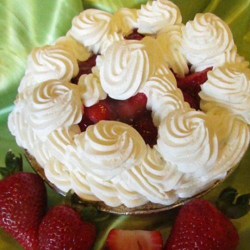 Fresh Strawberry Cream Pie