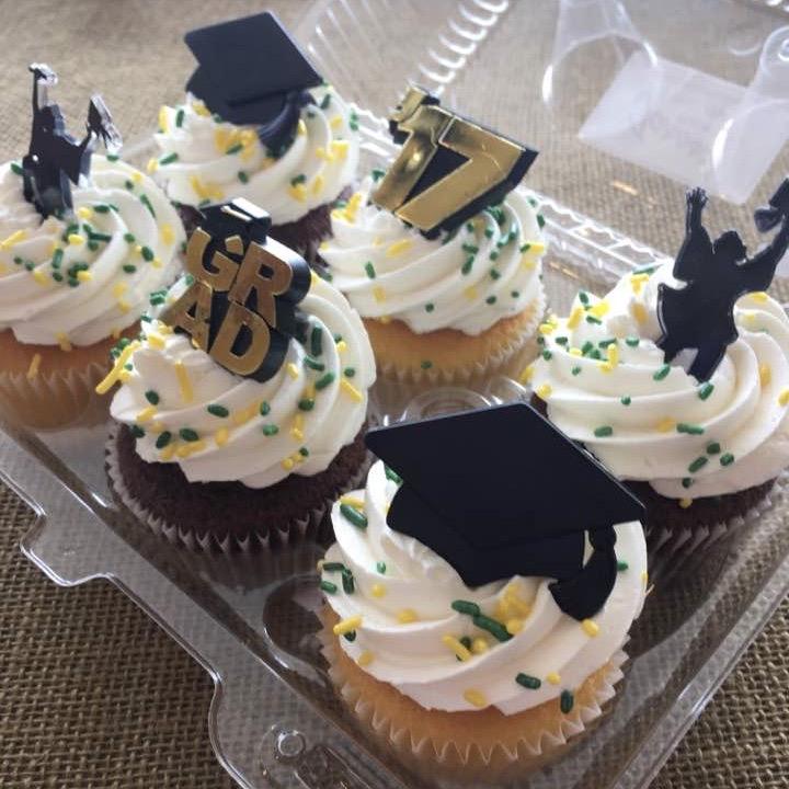 Graduation Cupcake 6 Pack