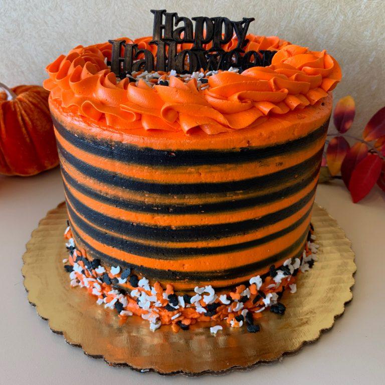 Halloween Centerpiece cake