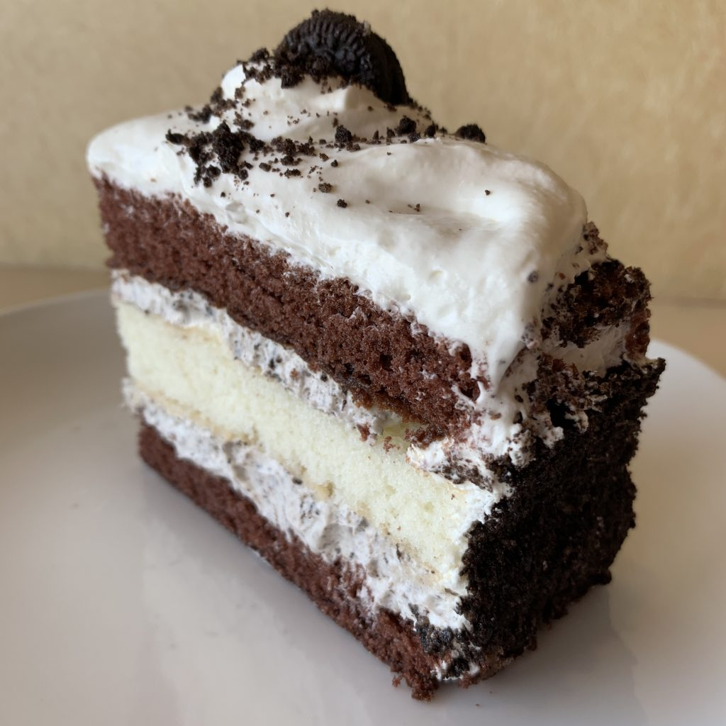 Oreo Cookies 'n' Cream Cake Slice