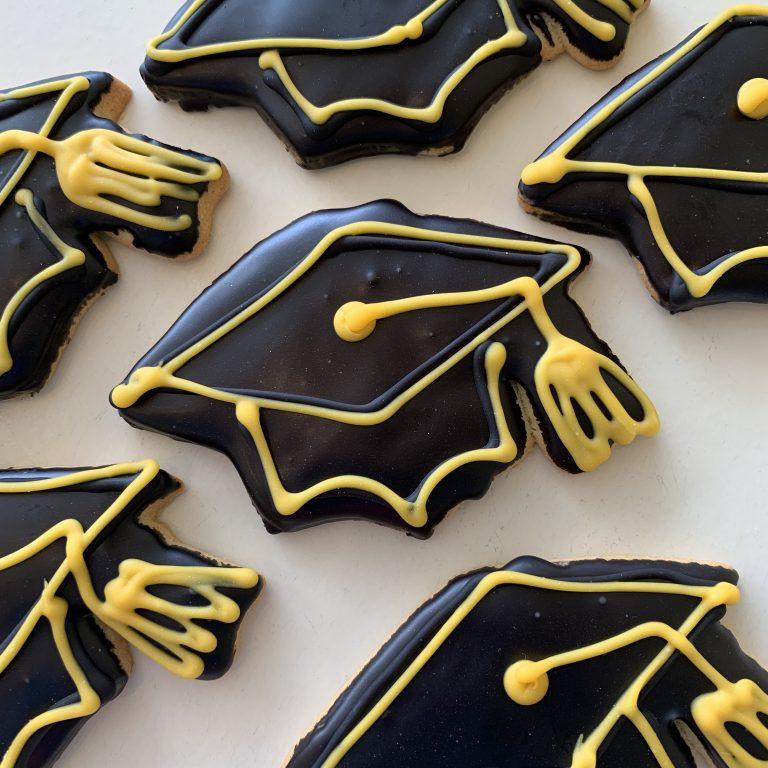 Grad Cap Cookies 2021